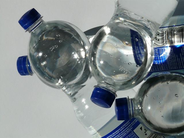bottles-60466_640