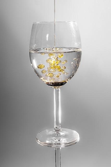 glass-101666_640 (2)
